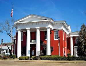 Discount hotels and attractions in Camden, Alabama