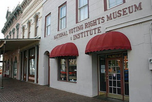 Discount hotels and attractions in Selma, Alabama