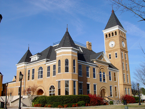 Discount hotels and attractions in Benton,