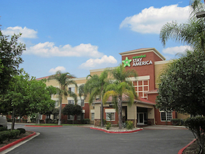 Discount hotels and attractions in Cypress, California