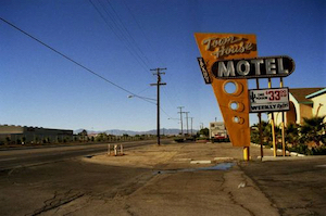 Discount hotels and attractions in Lancaster, California