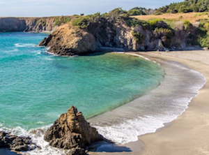 Discount hotels and attractions in Mendocino, California