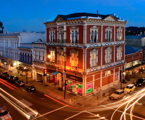 Discount hotels and attractions in Petaluma, California
