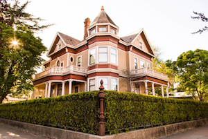 Discount hotels and attractions in Red Bluff, California