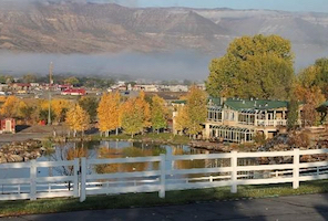 Discount hotels and attractions in Parachute, Colorado