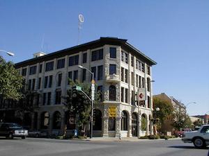Hotel deals in Winfield, Kansas