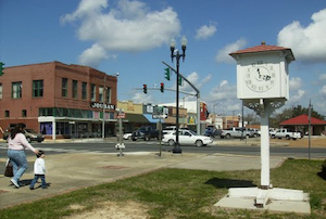 Discount hotels and attractions in DeRidder, Louisiana
