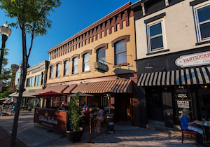 Discount hotels and attractions in Auburn, Maine
