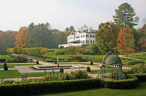 Discount hotels and attractions in Lenox, Massachusetts