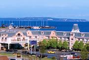 Cheap hotels in Mackinaw City, Michigan