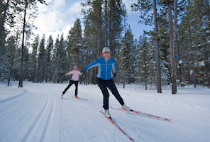 Discount hotels and attractions in West Yellowstone, Montana
