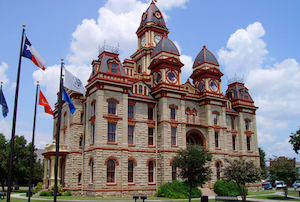 Discount hotels and attractions in Lockhart, Texas