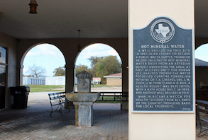 Discount hotels and attractions in Marlin, Texas